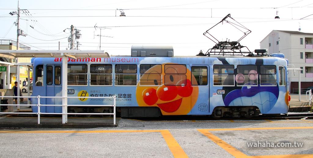怒濤更新之路面電車(45):とさでん交通麵包超人彩繪電車 623 號